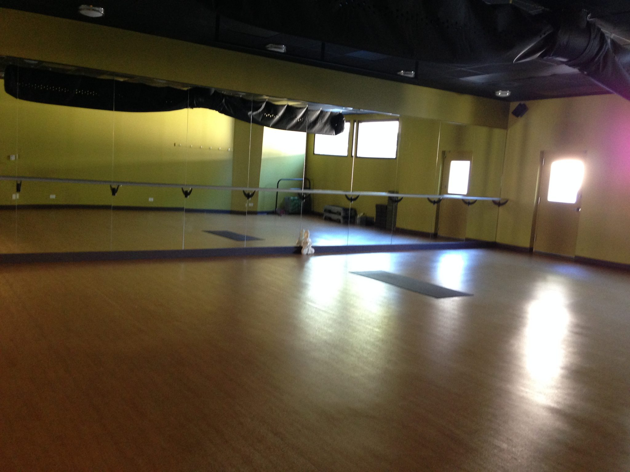 The Smaller Studio Hosts Yoga And Barre Classes
