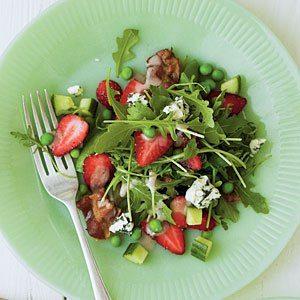 spring-garden-strawberry-salad-sl-l