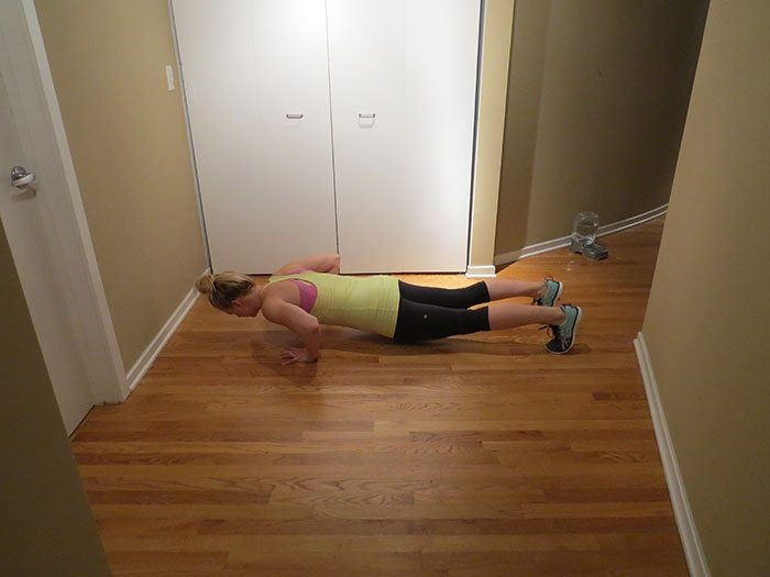 asweatlife_A Bodyweight workout Focusing on Tabatas and Butt_24