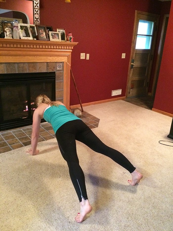 asweatlife_Your Holiday Bodyweight Workout Game_13