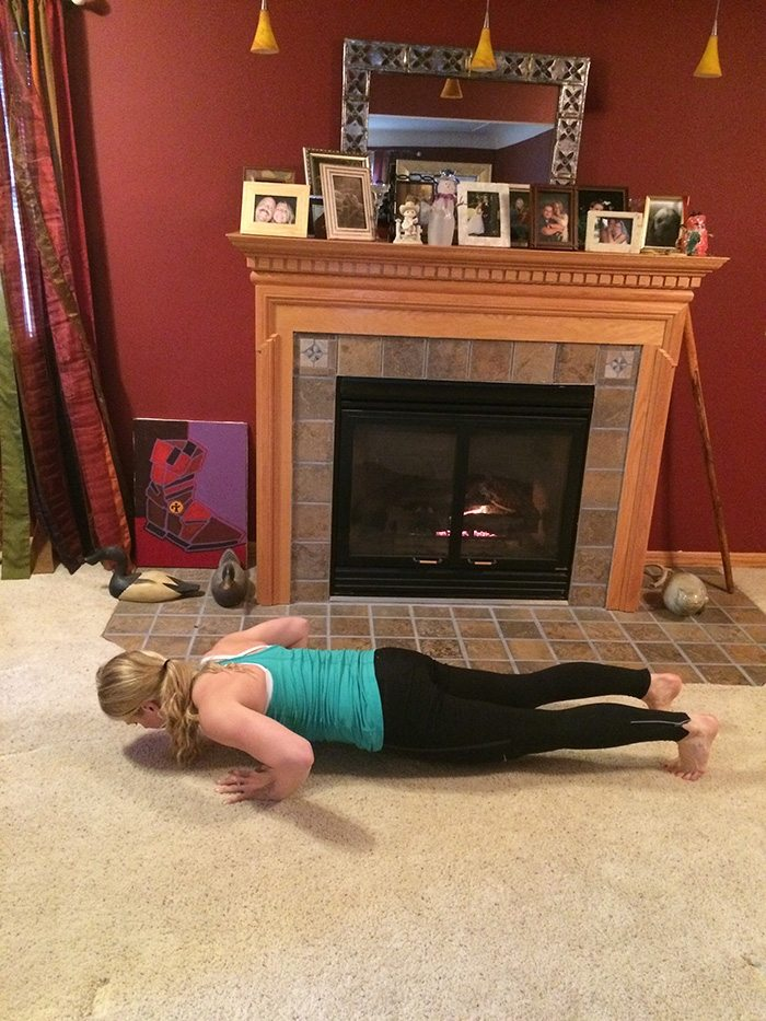 asweatlife_Your Holiday Bodyweight Workout Game_38