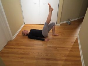 asweatlife single leg flute bridges workout at home