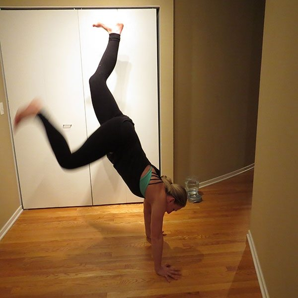 asweatlife_Get Your Heartrate Up with This Bodyweight workout_HANDSTAND 2