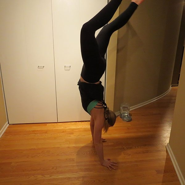 asweatlife_Get Your Heartrate Up with This Bodyweight workout_HANDSTAND 3