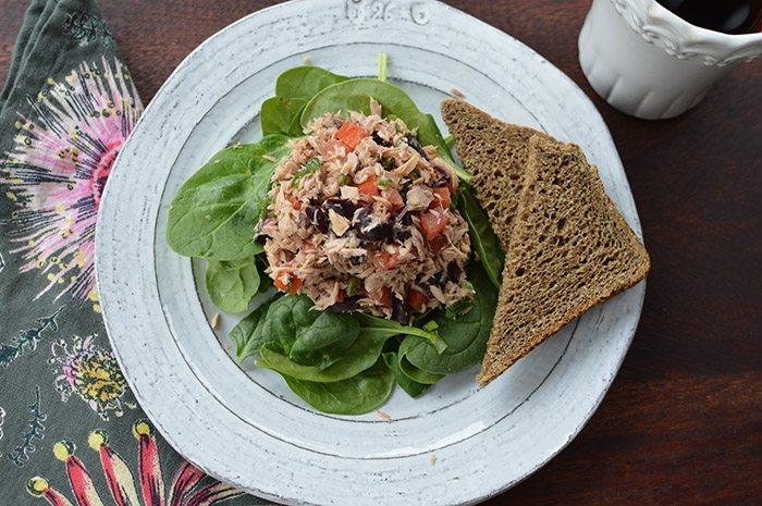 asweatlife_The Lunch Bunch- Mediterranean Tuna Salad Recipe