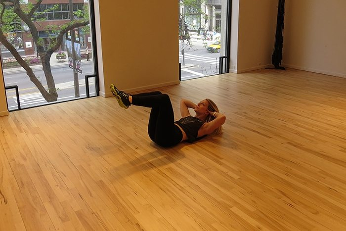 asweatlife_This Core Workout is Just in Time for Summer_clam shell_1