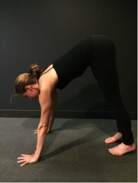asweatlife_How to do a Handstand_2