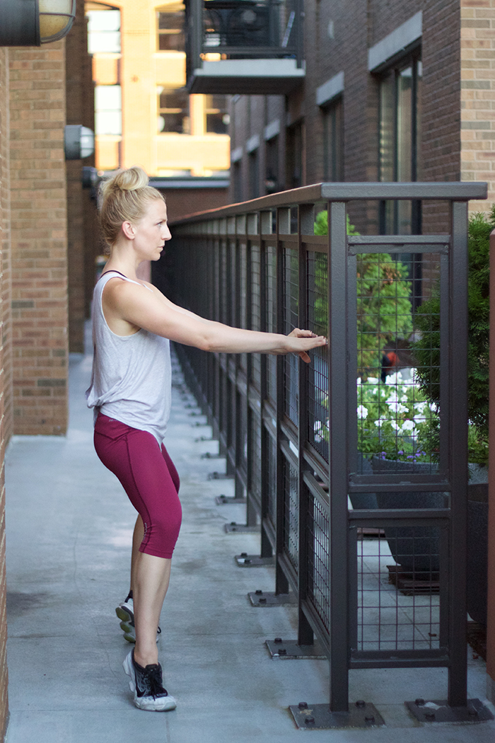 A-Quick-Barre-Thigh-Workout-(and-a-Point-Studio-Giveaway)_4