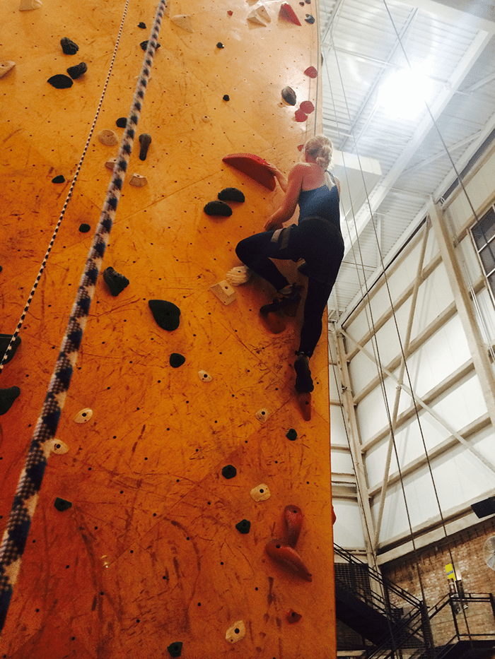 asweatlife_learn-the-ropes-at-brooklyn-boulders_1