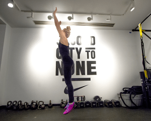 30-minute workout burpee