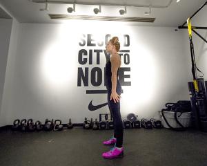 30-minute workout squat