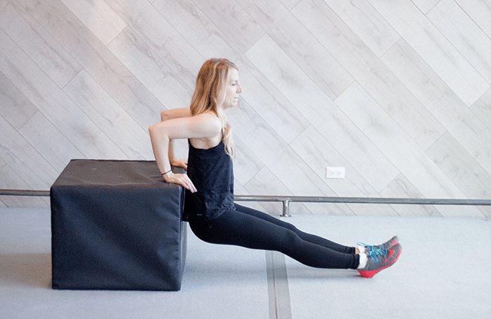 asweatlife_Workout-in-30-minutes-with-a-Chair_triceps-dips_2