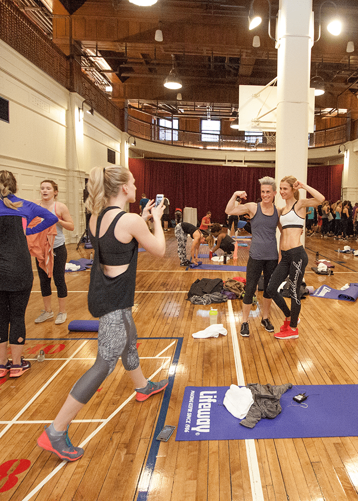 asweatlife_getting-in-a-partner-workout-at-Chicago-Athletic-Association-Hotel_2