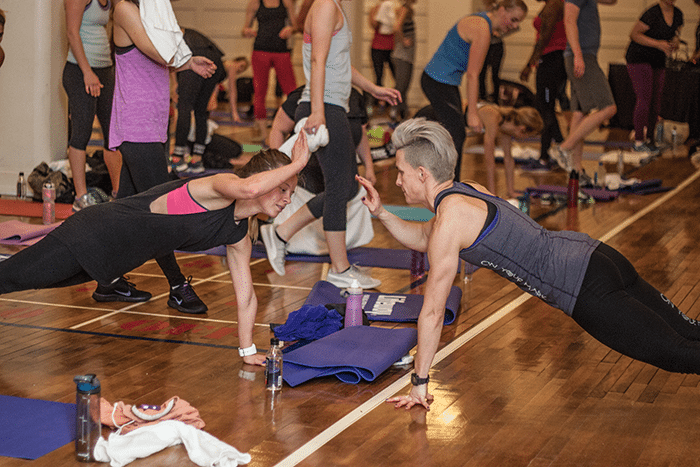 asweatlife_getting-in-a-partner-workout-at-Chicago-Athletic-Association-Hotel_25
