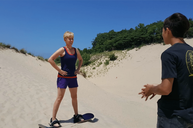 asweatlife_A-Beginners-Guide-to-Sandboarding
