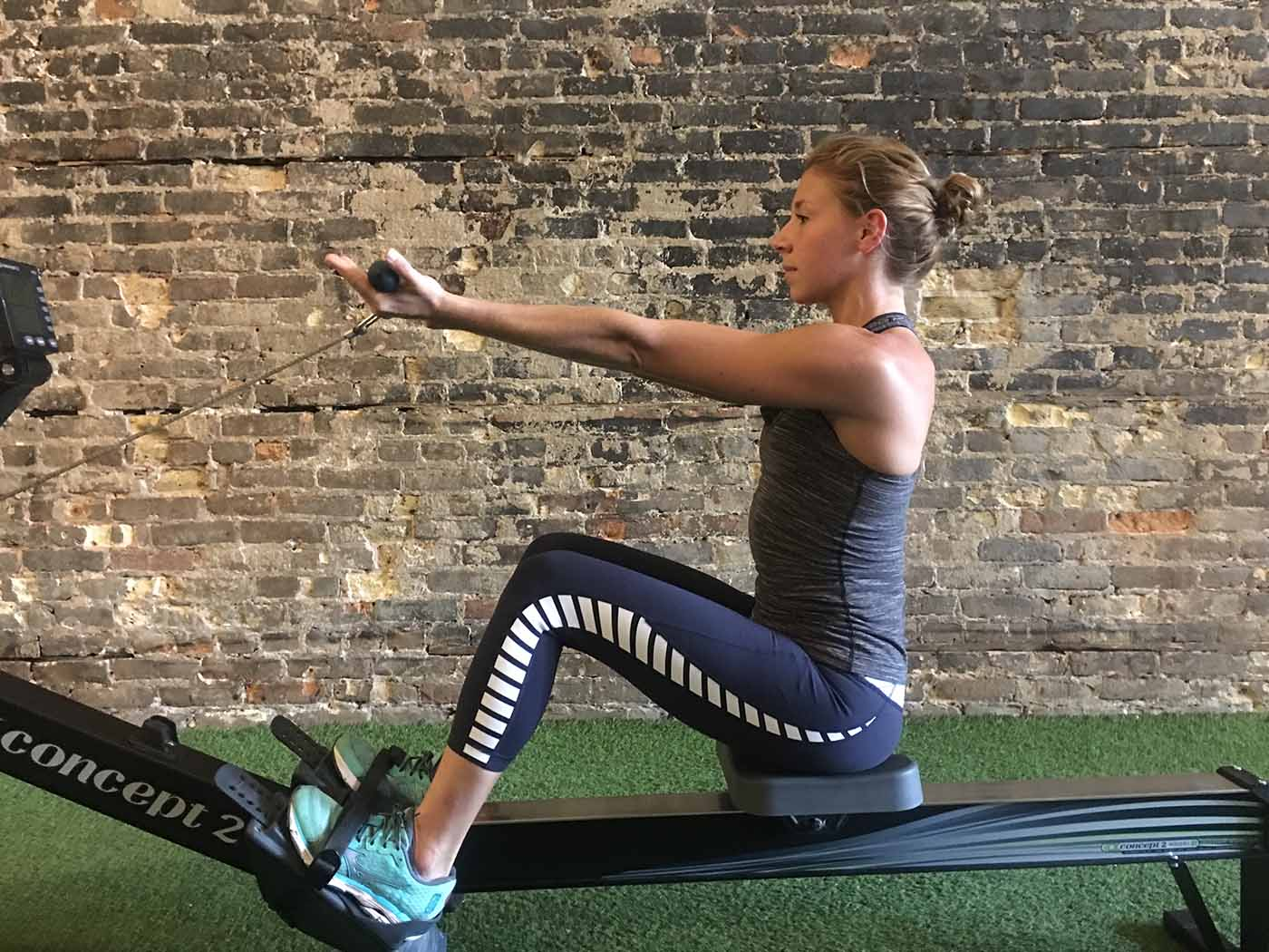 asweatlife_Rower exercises_lat raise 3