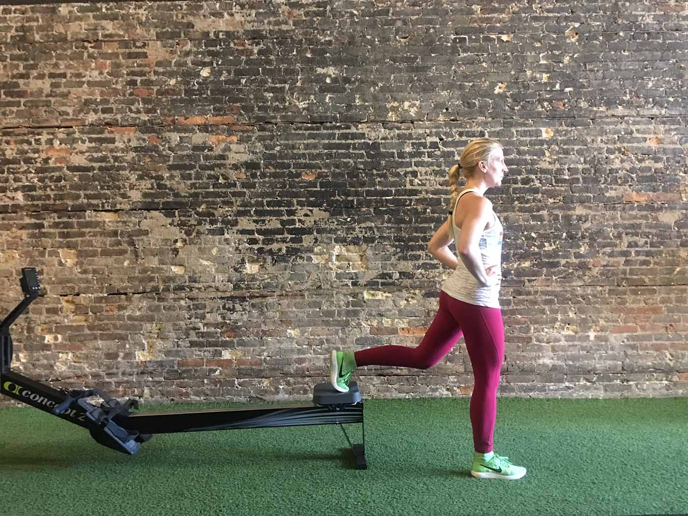 asweatlife_Rower exercises_lunge 2