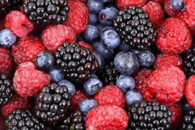 asweatlife_foodlabel101_berries