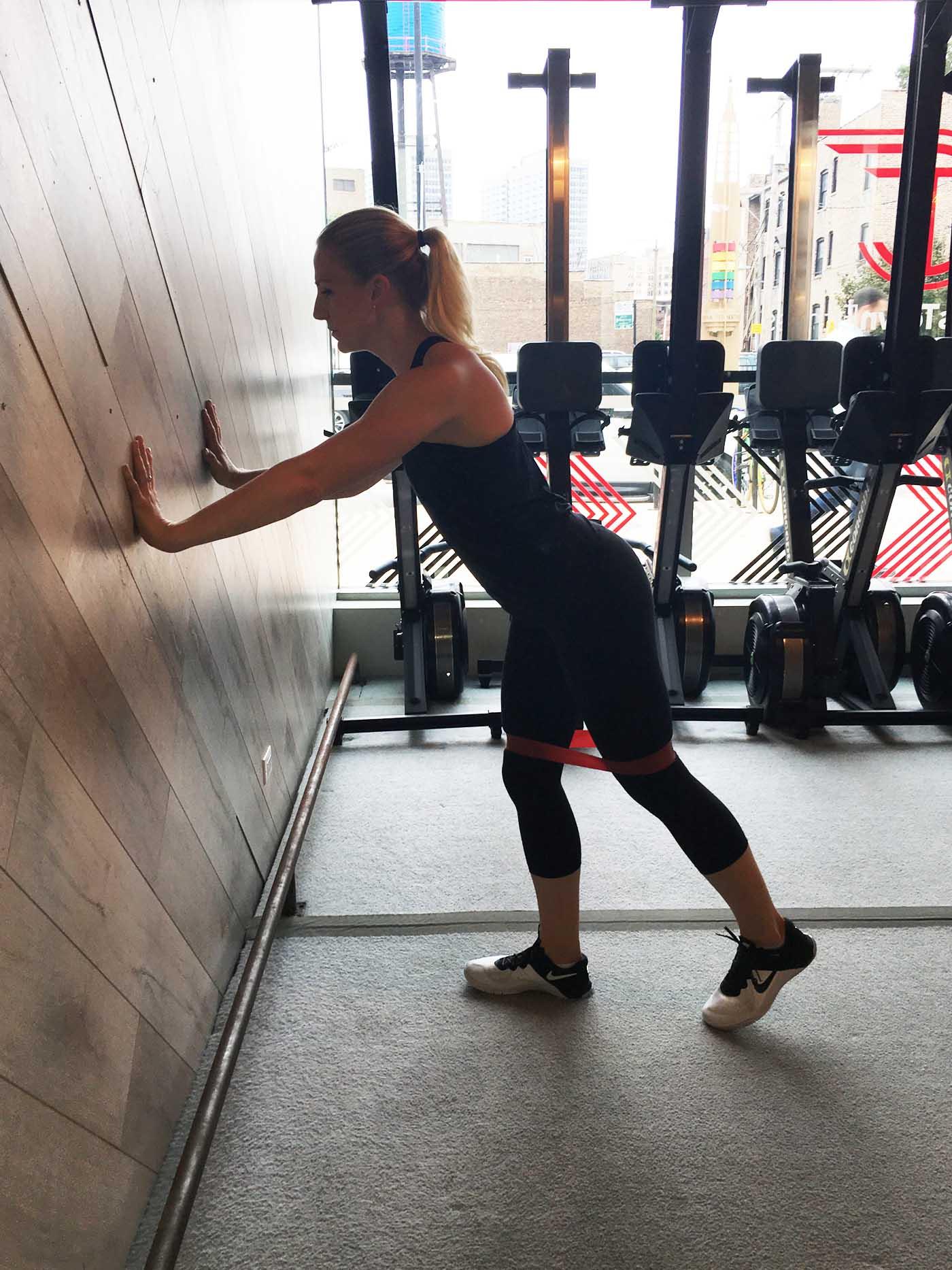 asweatlife_band-workout_posterior-kick-back_1