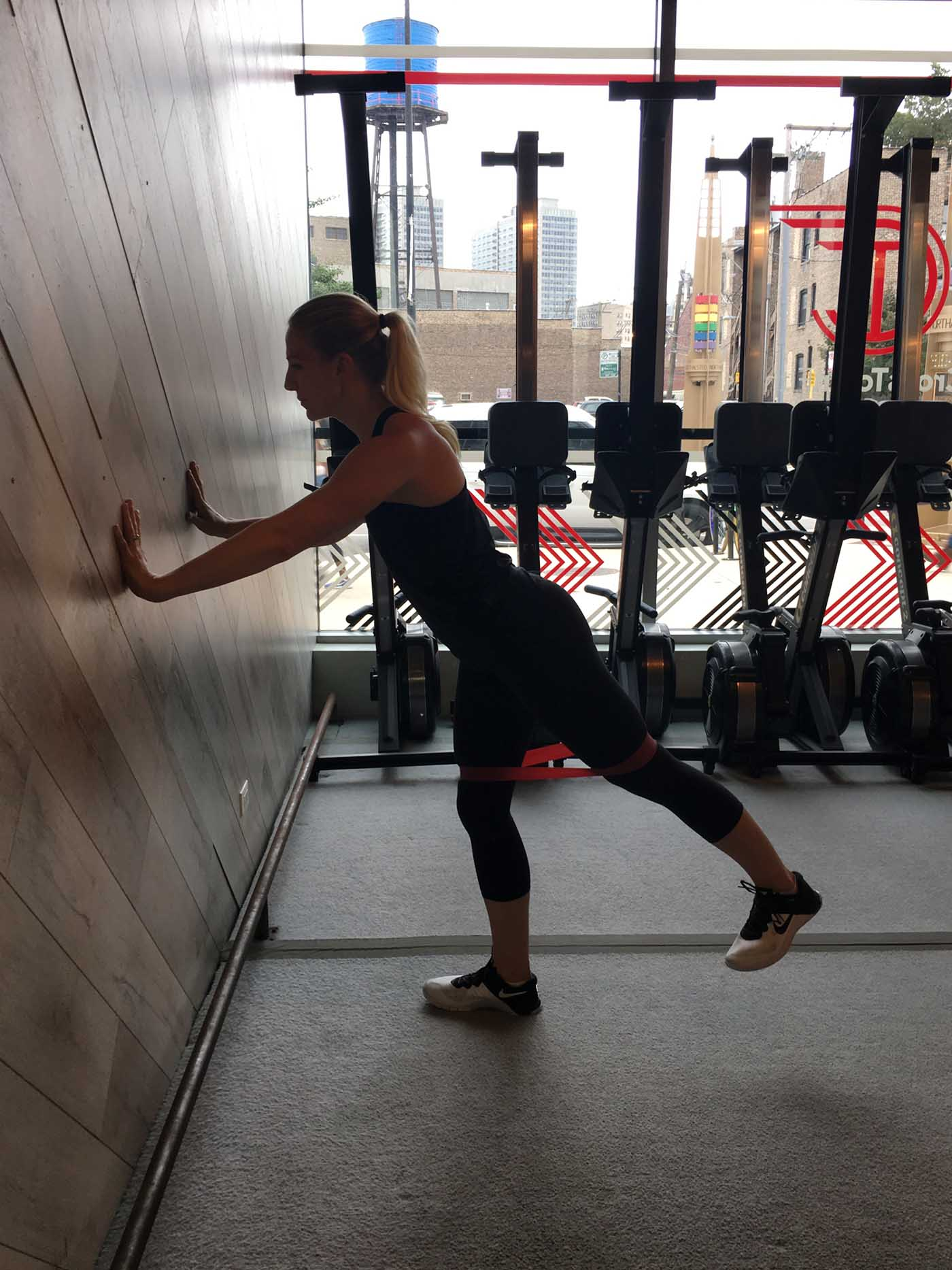 asweatlife_band-workout_posterior-kick-back_2