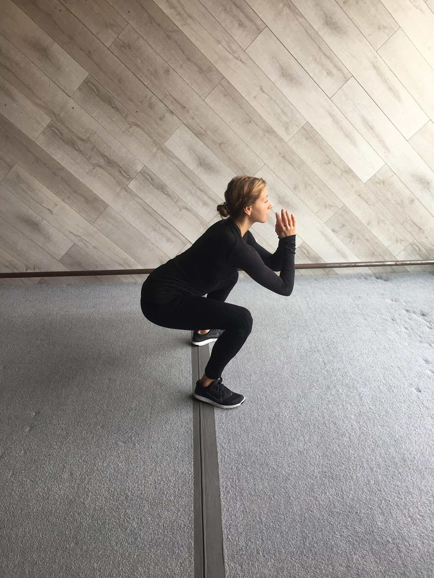 asweatlife_fittest_squat2