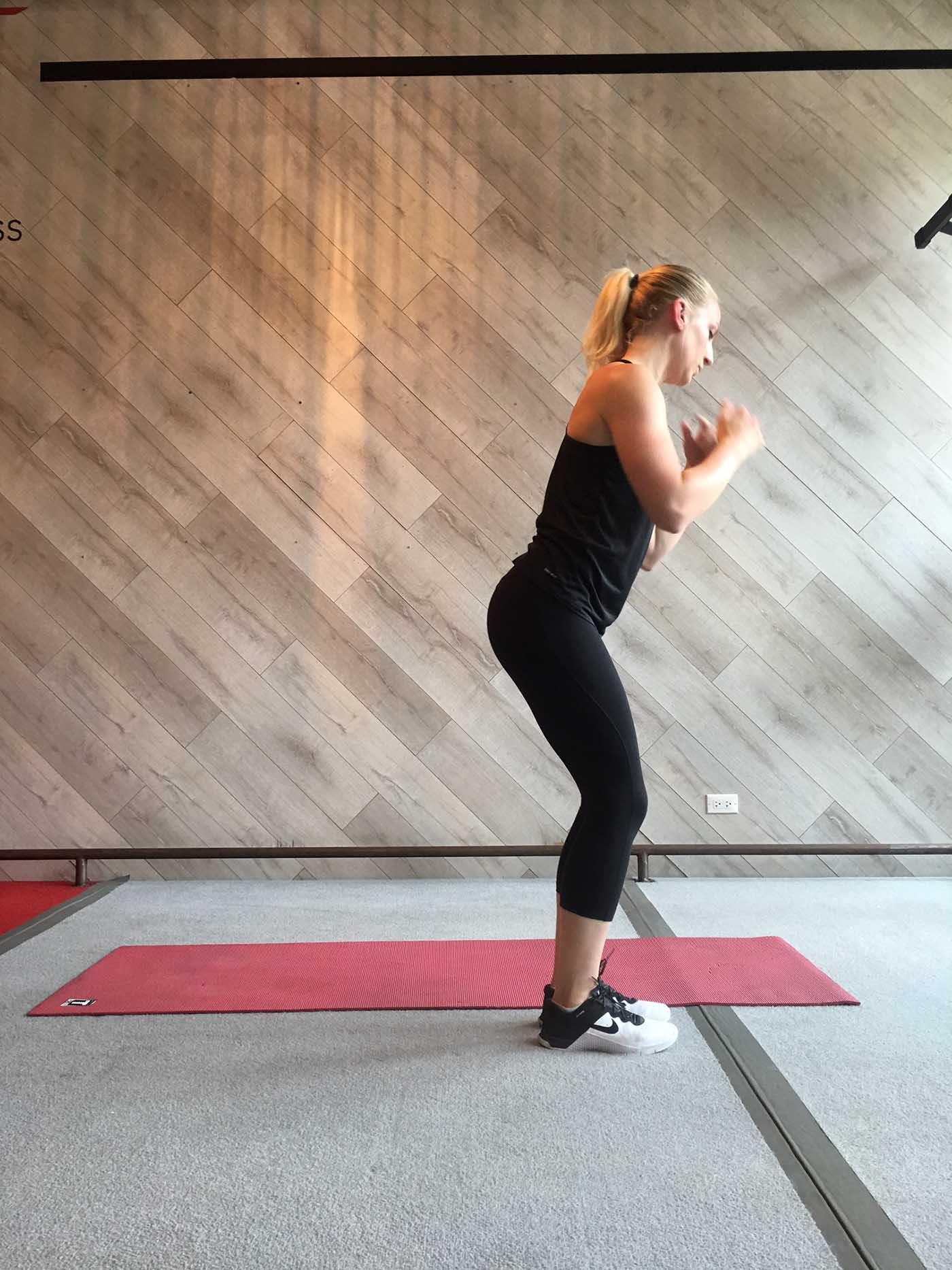 asweatlife_30-minute-mat-workout_4