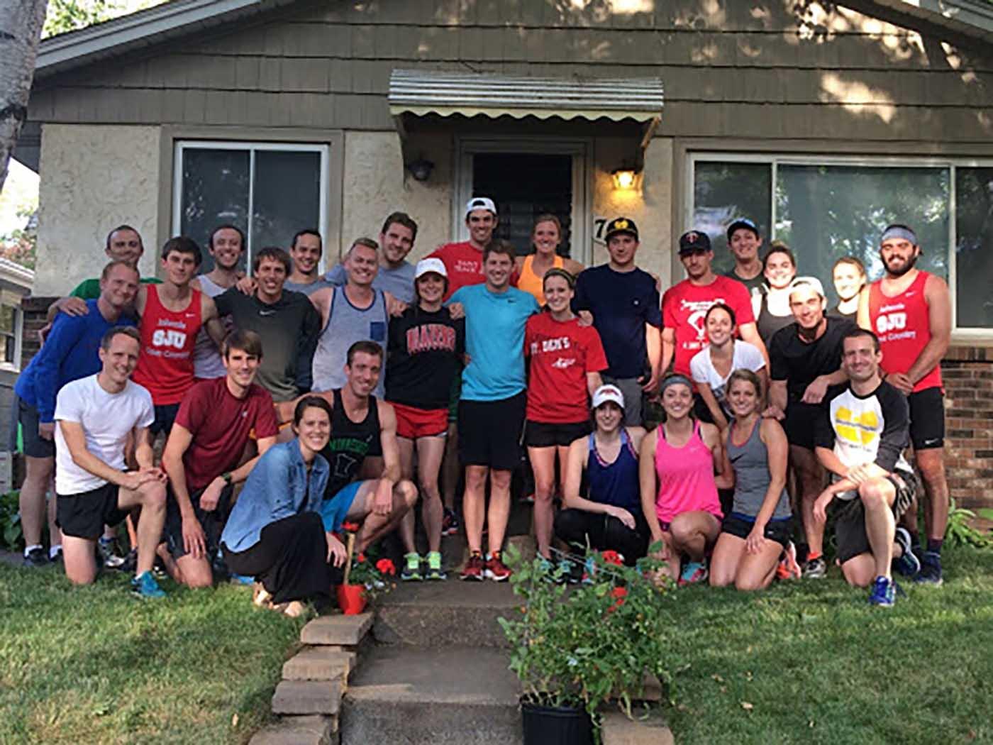 asweatlife_chicago-marathoners-honor-a-fallen-friend_1