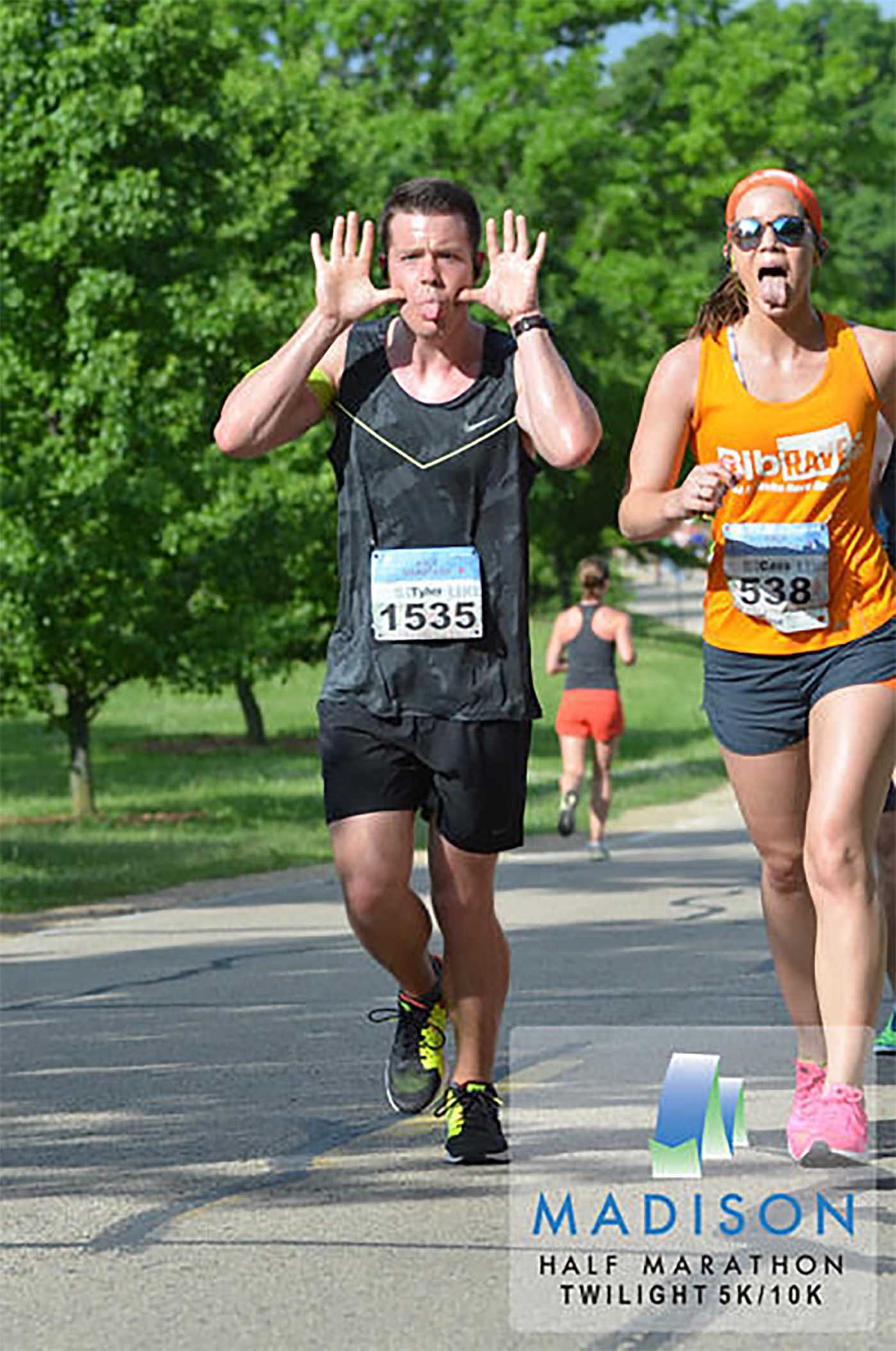 asweatlife_chicago-marathon-runner_tyler_1