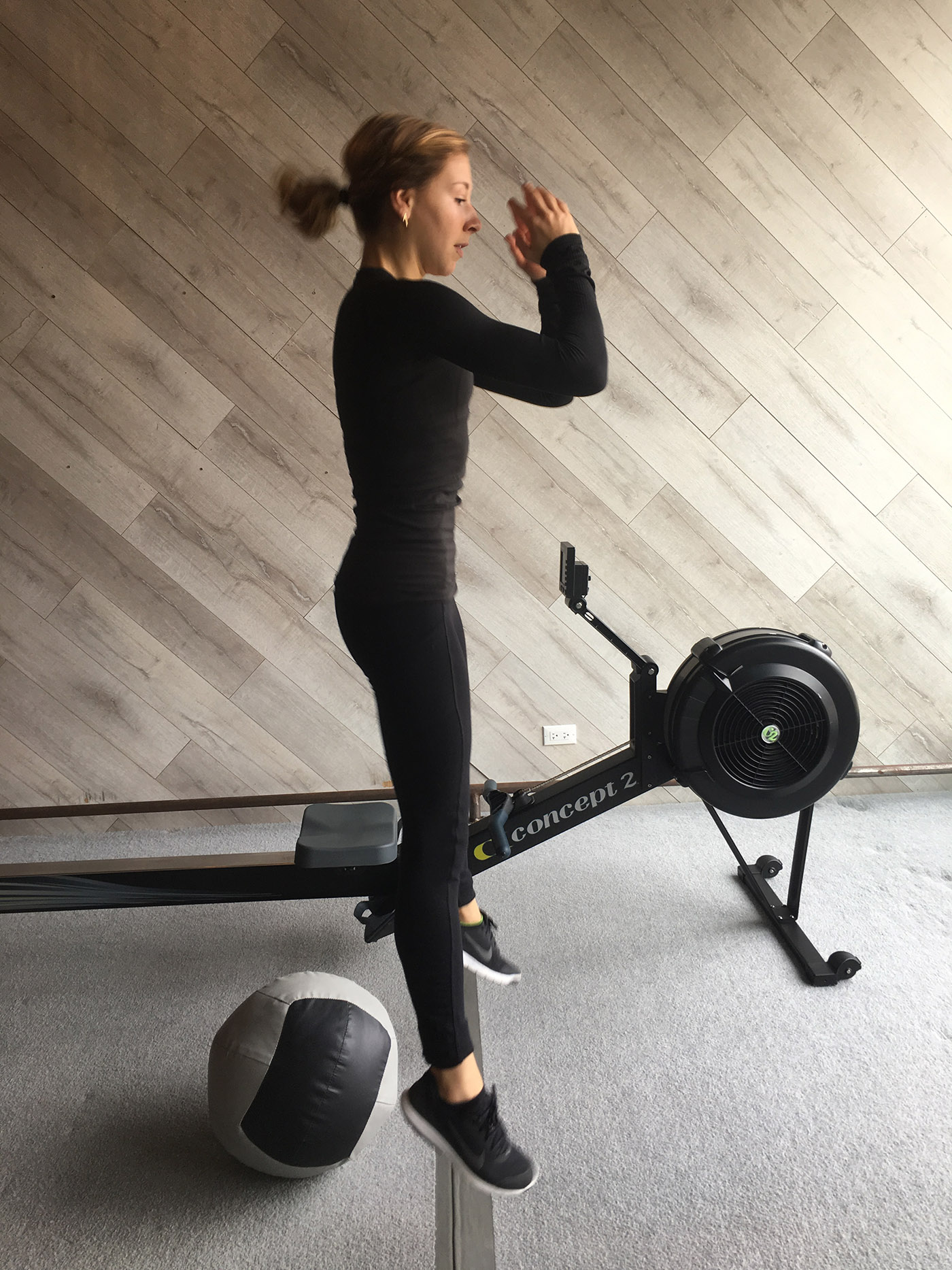 asweatlife_roweremom_squat3