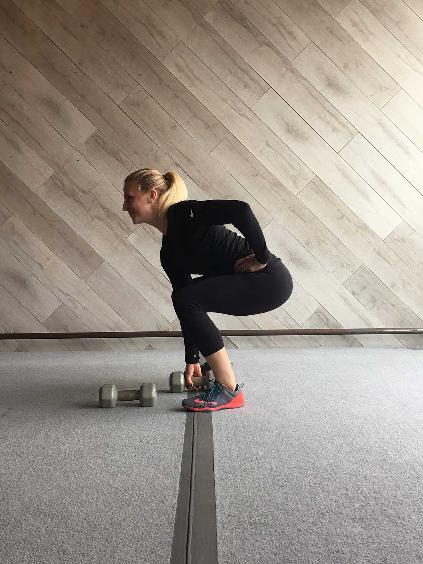 asweatlife_30-minutes-of-strength_squat-curl-and-press_5