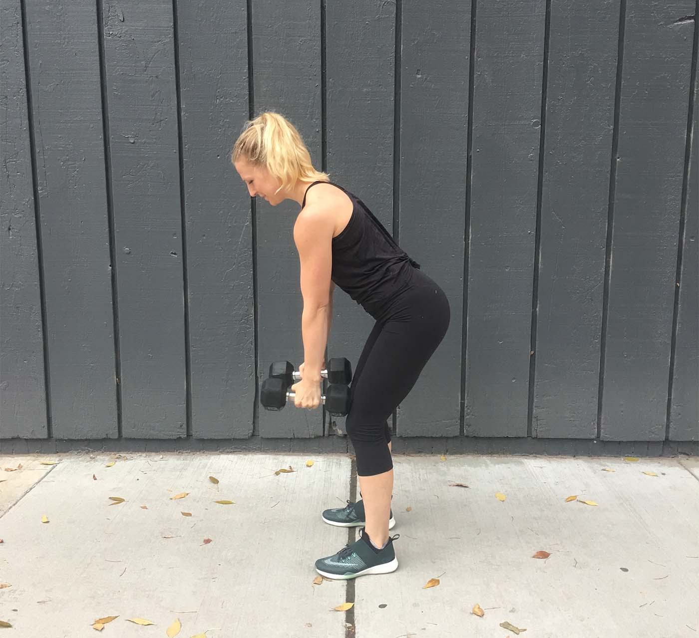 asweatlife_grab-a-set-of-dumbbells-and-get-stronger-in-just-30-minutes_row_2