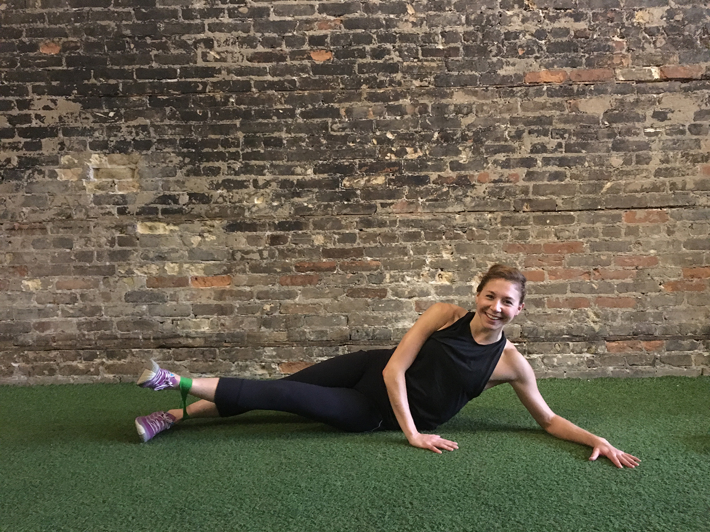 asweatlife_minibandworkout_adductor2