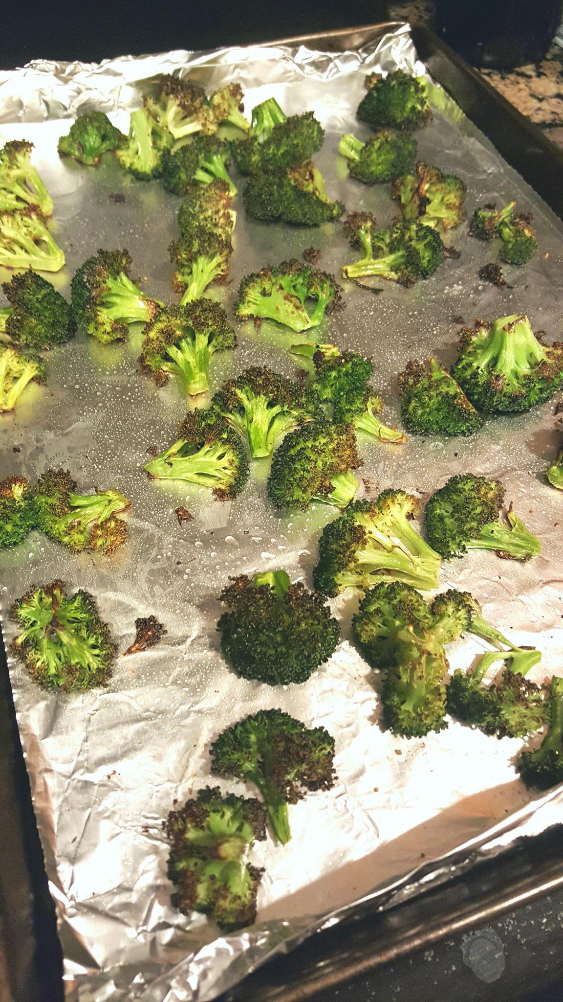asweatlife_plantbasedfoods_roastedbroccoli