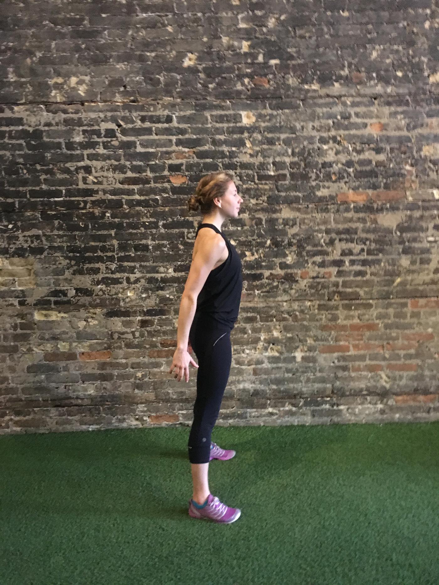 asweatlife_strengthsets_squatjump1