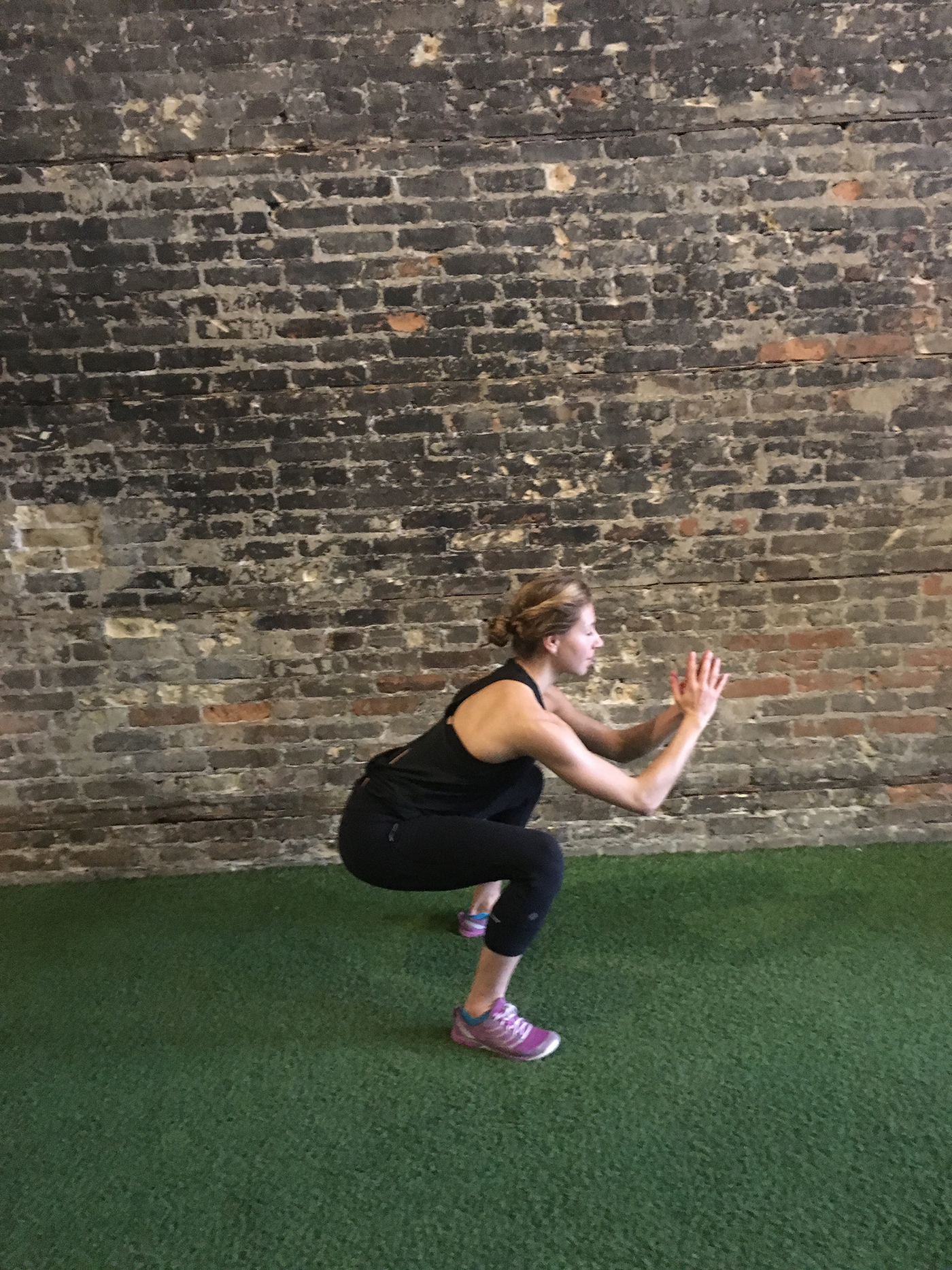 asweatlife_strengthsets_squatjump2