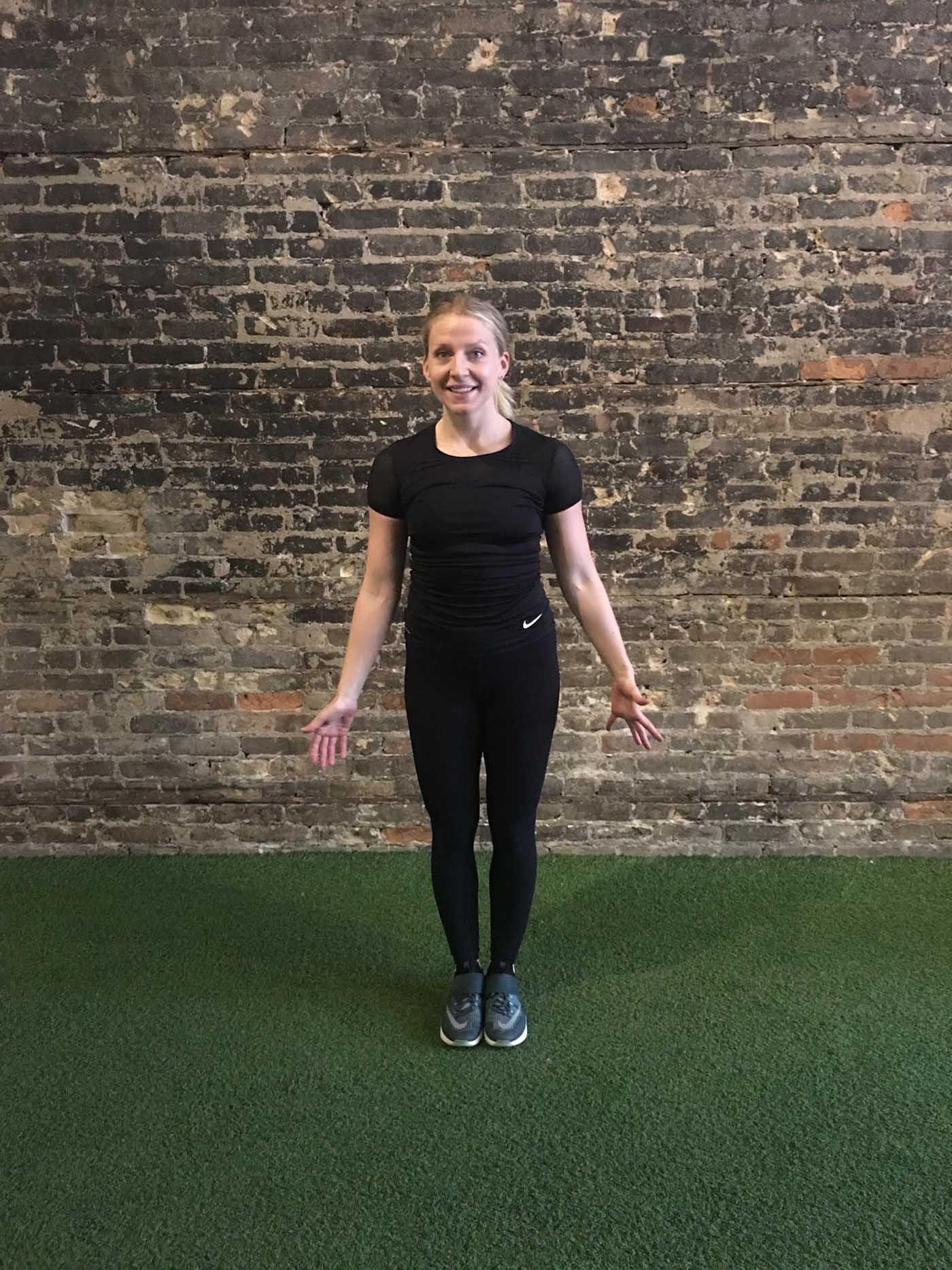 asweatlife_30-minute-workout-with-your-bodyweight-and-a-treadmill_drop-squat_3