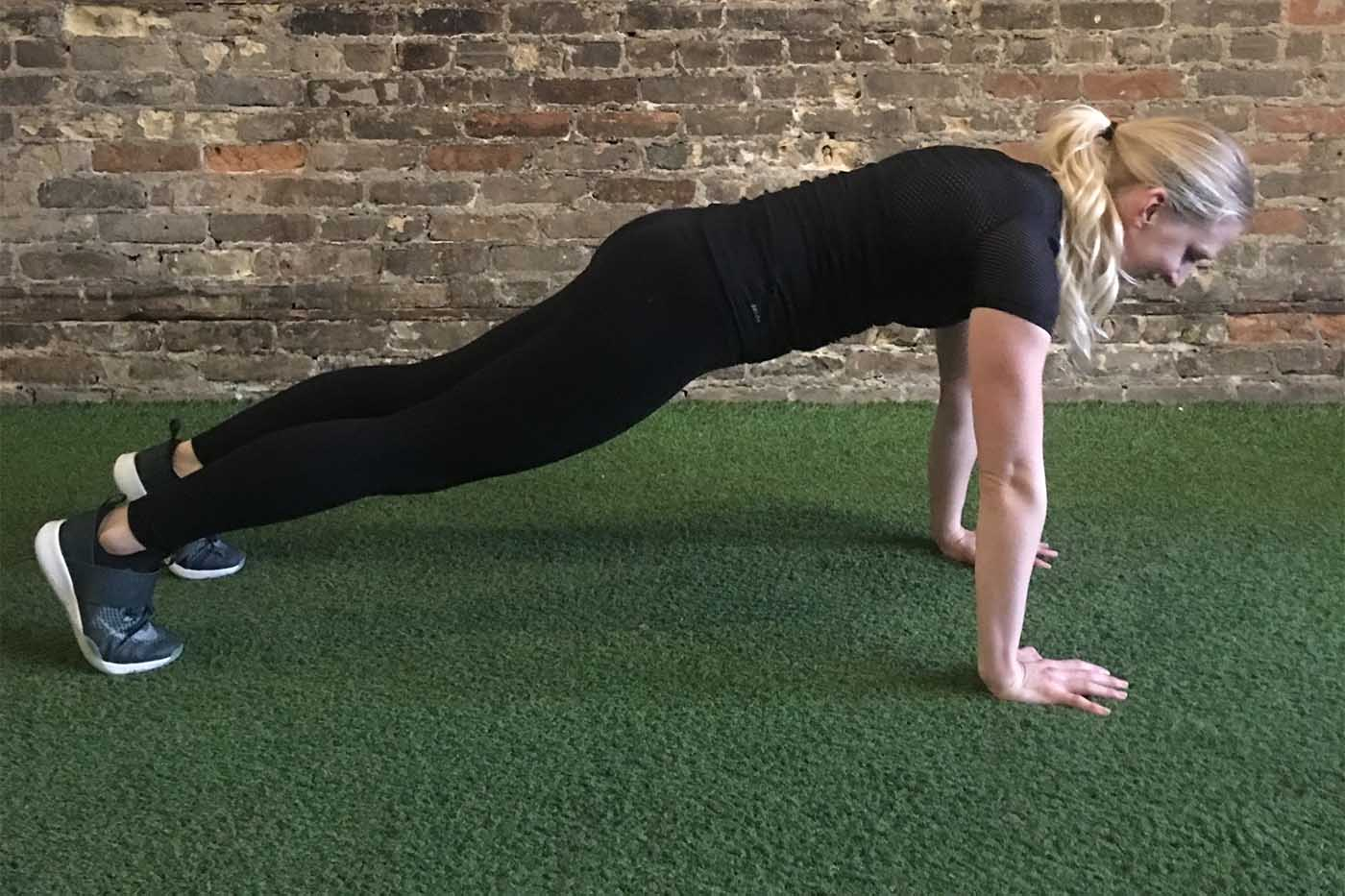 asweatlife_30-minute-workout-with-your-bodyweight-and-a-treadmill_push-up_2