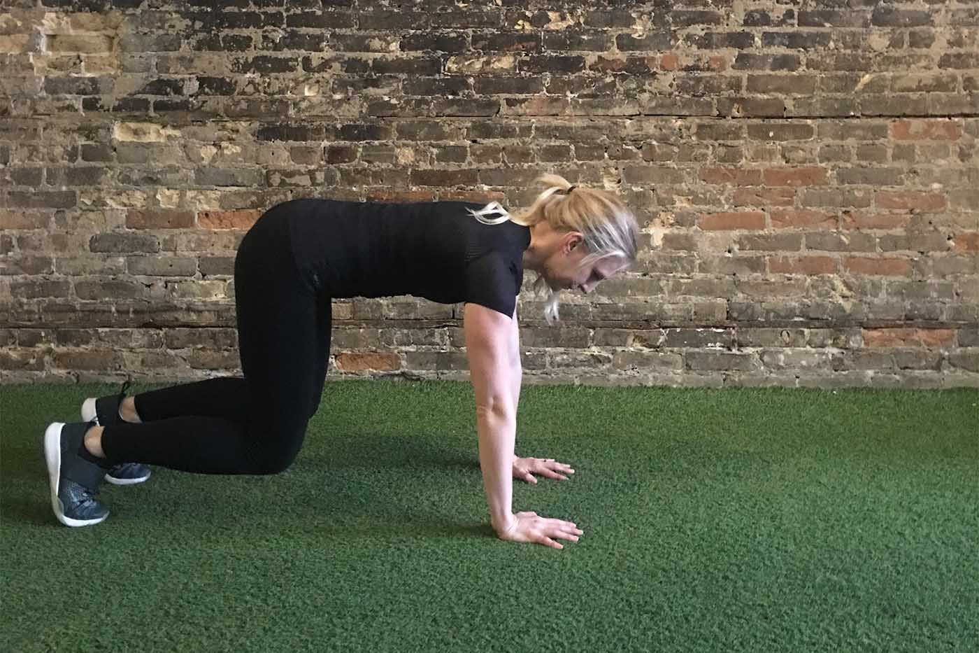 asweatlife_work-out-with-just-your-bodyweight-for-30-minutes_bear-crawl_4