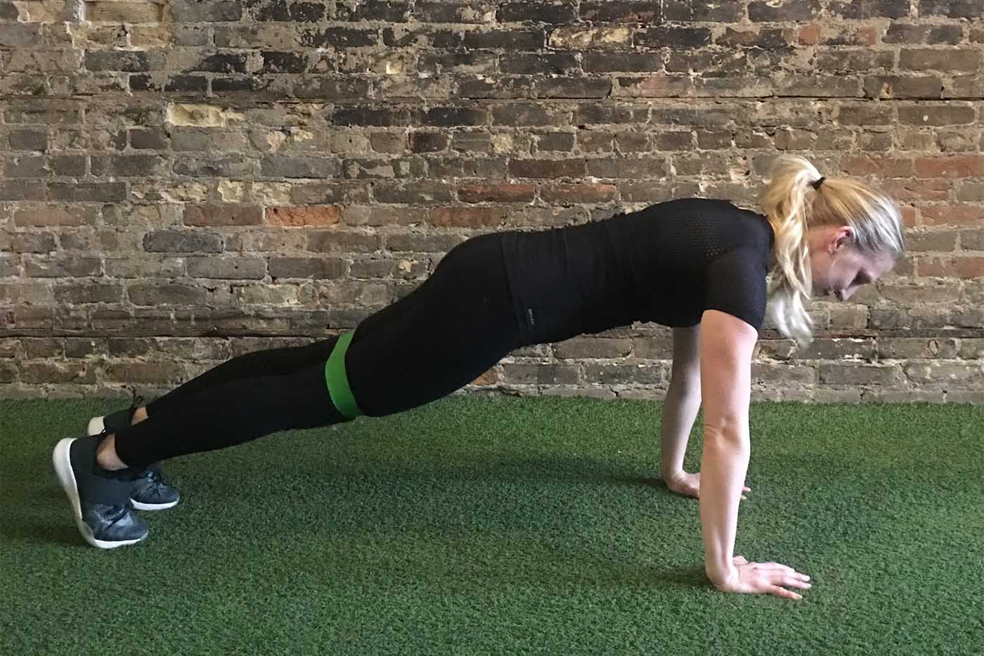 asweatlife_your-30-minute-workout-with-a-band_russian-twists_plank-jacks_3
