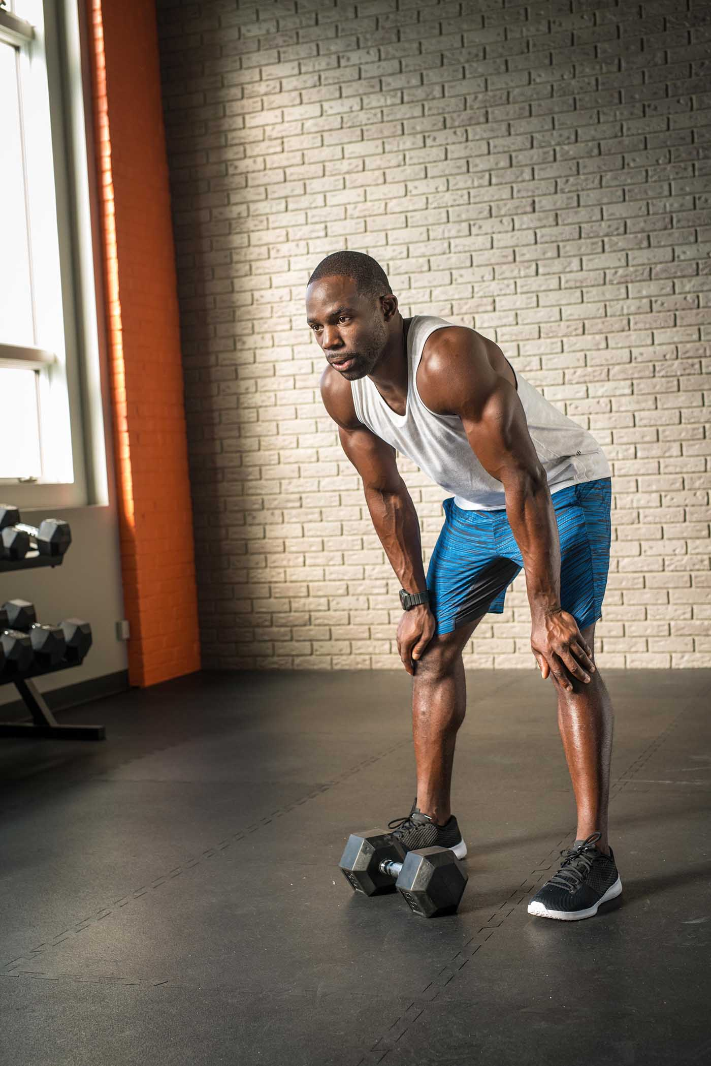 Men's Health Speed Shred 2, MetaShred, Studio, Workout, Gideon Akande, Wimdow, Dumbbells, Brick Wall