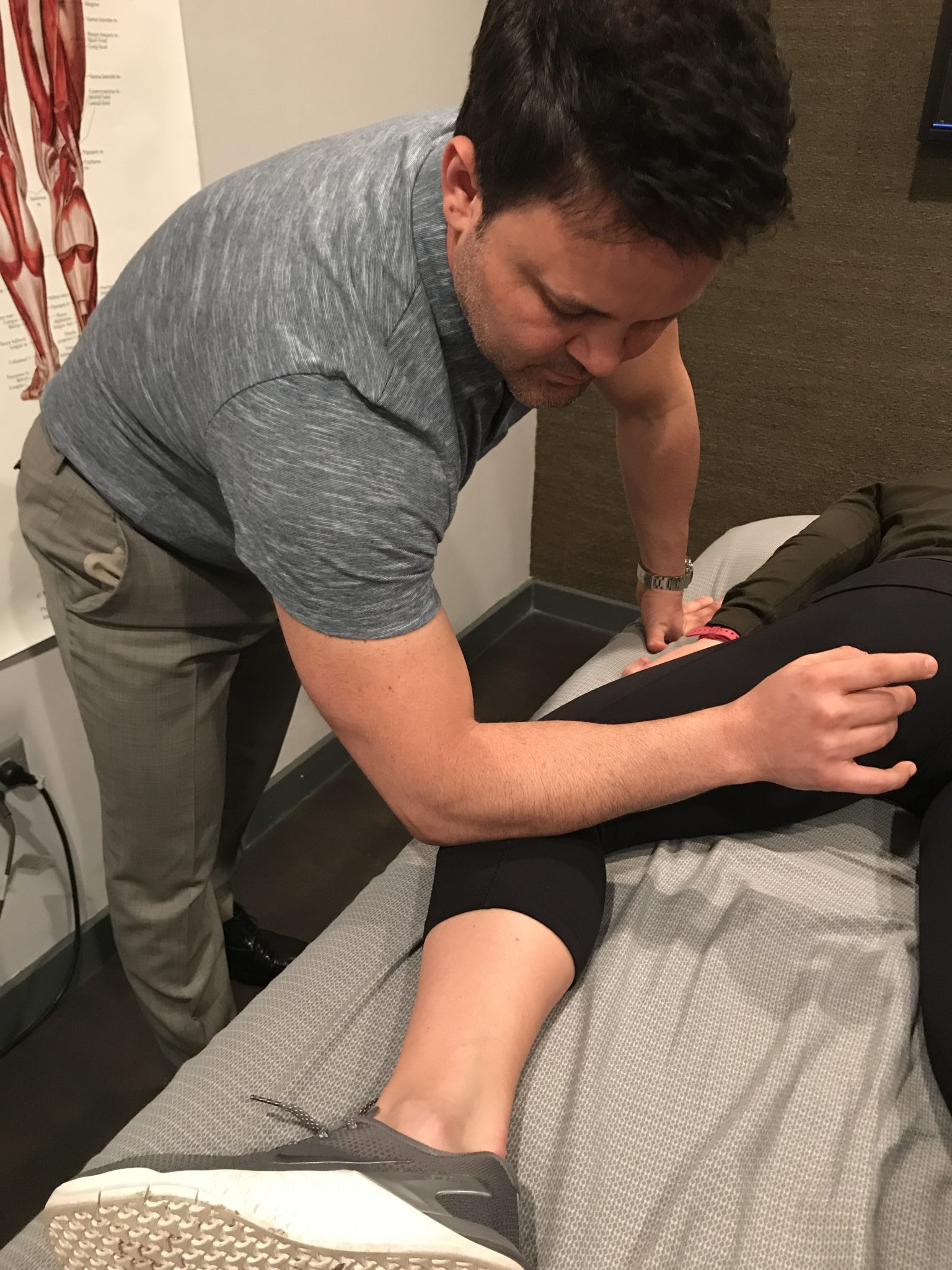 Peroneals and knee pain with Delos Therapy