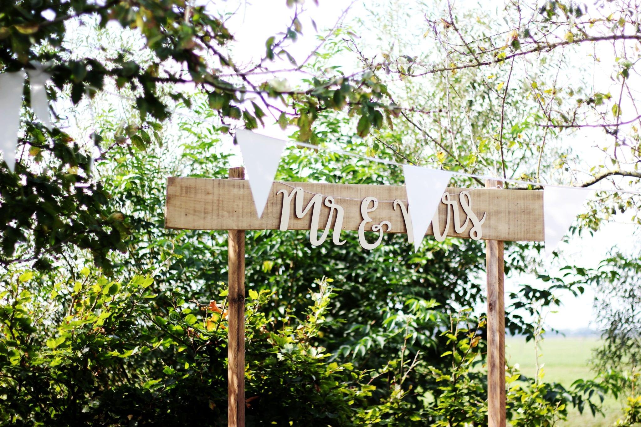 Summer wedding survival guide