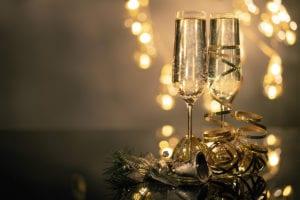how to navigate alcohol around the holidays