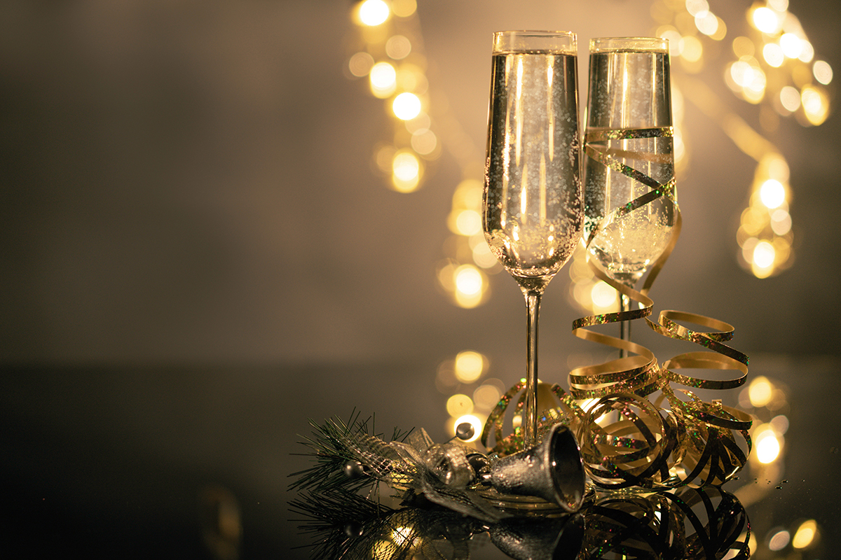 how to navigate alcohol around the holidays