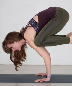how to crow yoga flow jenny finkel