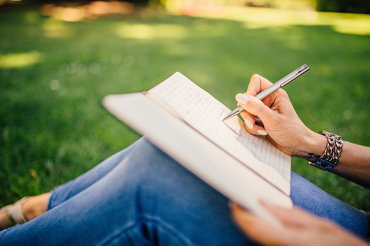 how to keep track of your goals monthly goal planner