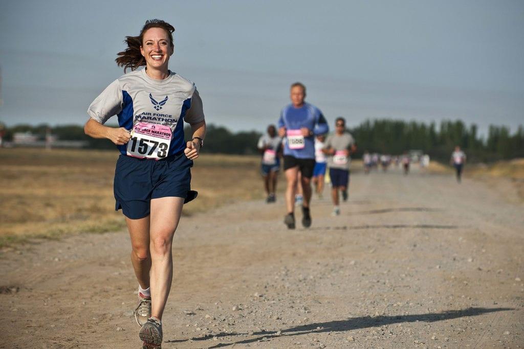 women faster than men ultramarathons female ultra marathon runners