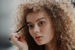 Kelley Baker eyebrow expert