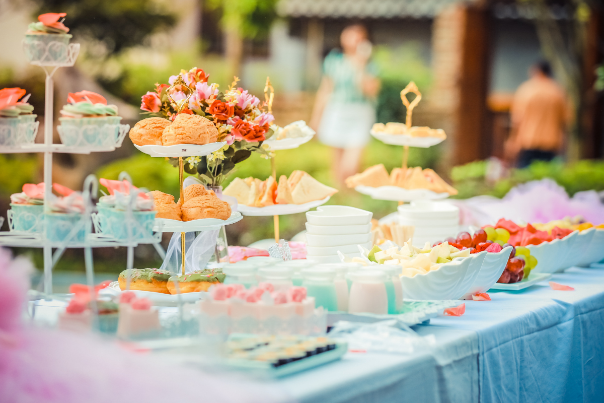 wedding guests with dietary restrictions
